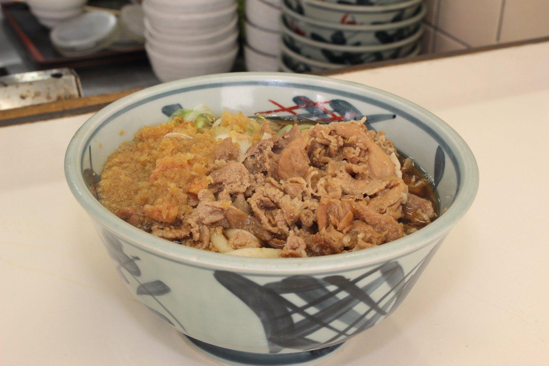 肉うどん450円。