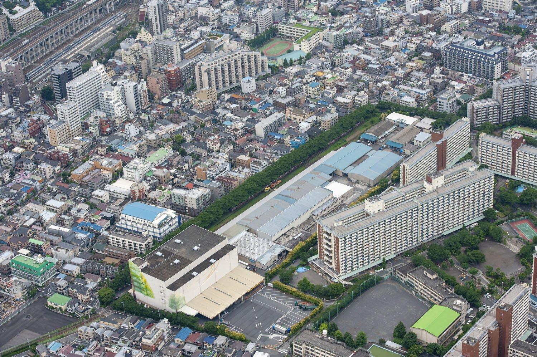 日本製紙王子工場。現在はマンション群へと変貌した。