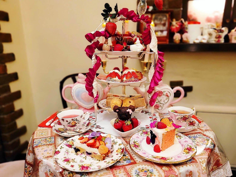 目白のおすすめカフェ7選! 大人気の「お皿が選べるケーキ」からビジュアル抜群の「芸術的パフェ」まで~黒猫スイーツ散歩目白編まとめ~