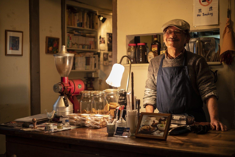 「夏への扉って好きなSF小説のタイトルから付けたんです。」山田さんは元、レストランの料理人。新しい料理やスイーツの研究に余念がない。