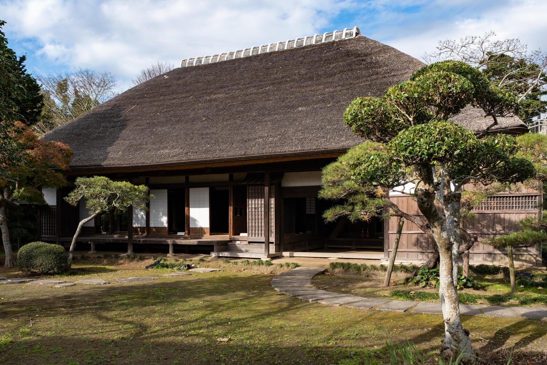 資料館奥の伊藤左千夫生家。20歳ごろまでここで暮らした。