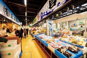 宮古市魚菜市場鮮魚コーナー