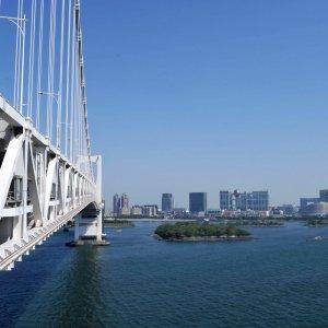 レインボーブリッジを渡って湾岸散歩 〜新橋・竹芝・お台場エリア散歩コース〜
