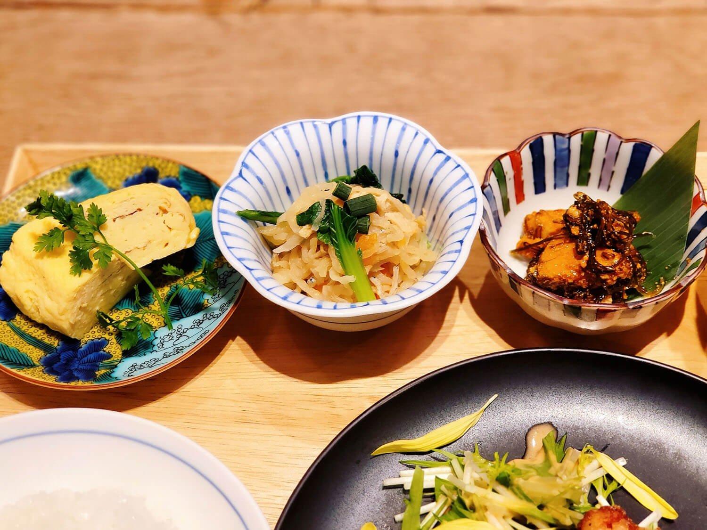 サロンギンザサボウの定食