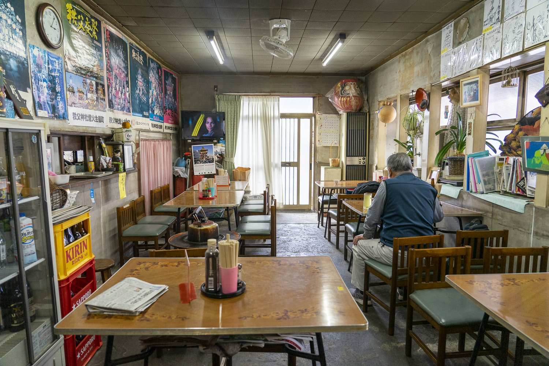 パリ―食堂