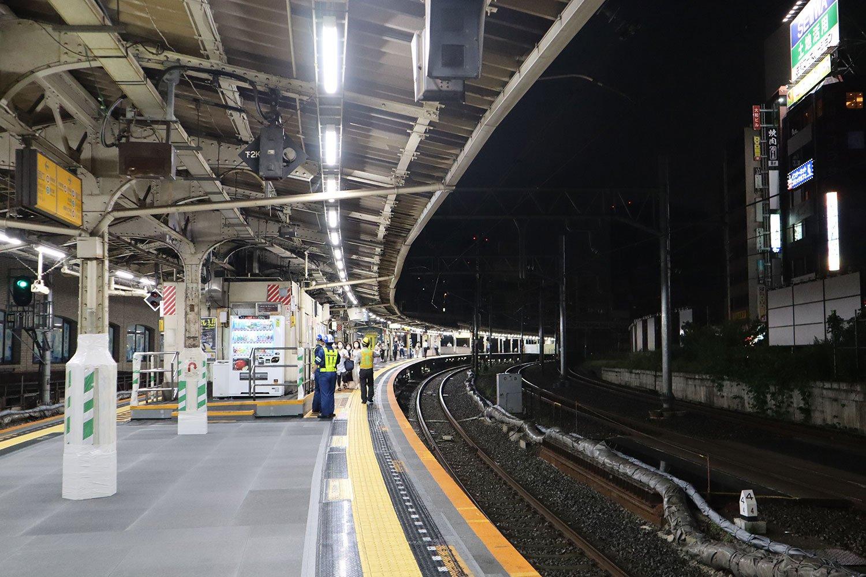 JR中央総武線飯田橋駅ホーム02