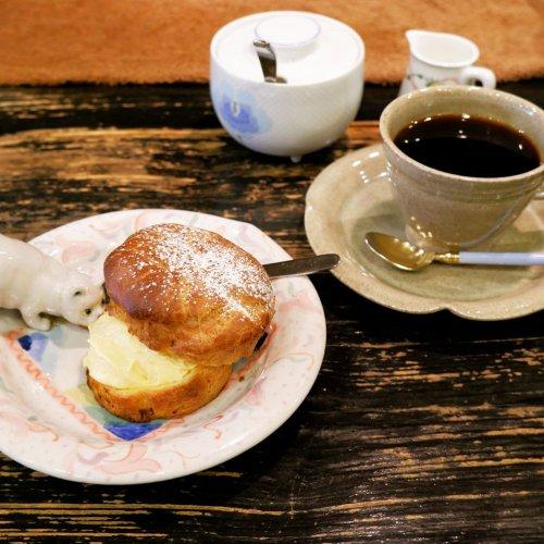 炭火焙煎コーヒーにこだわる神田神保町の老舗喫茶店『古瀬戸珈琲店』でリラックスした時間を。