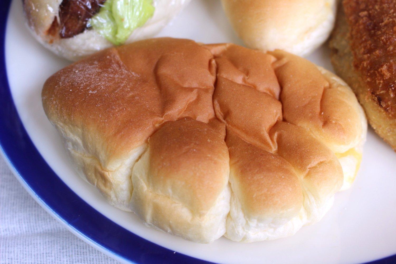 クリームパン130円。
