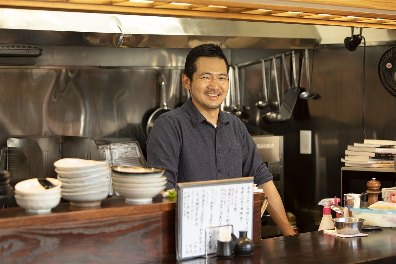 基本は飯嶋さん一人で、昼は奥さまがお手伝い。