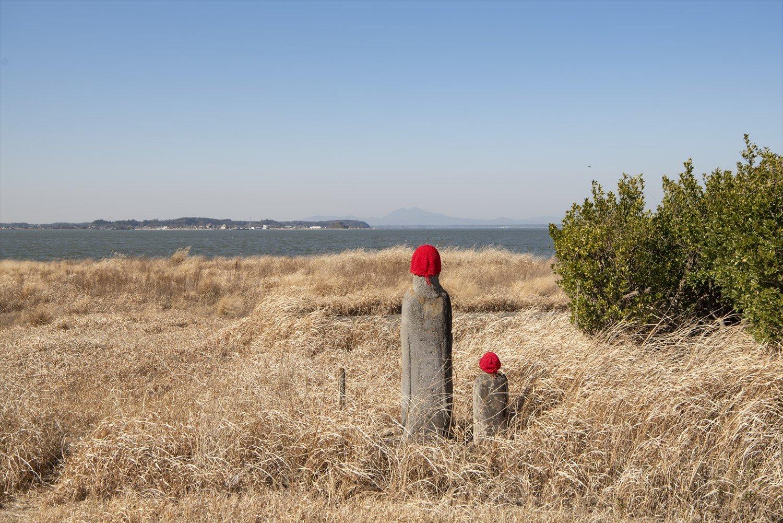 4 湖岸地蔵尊