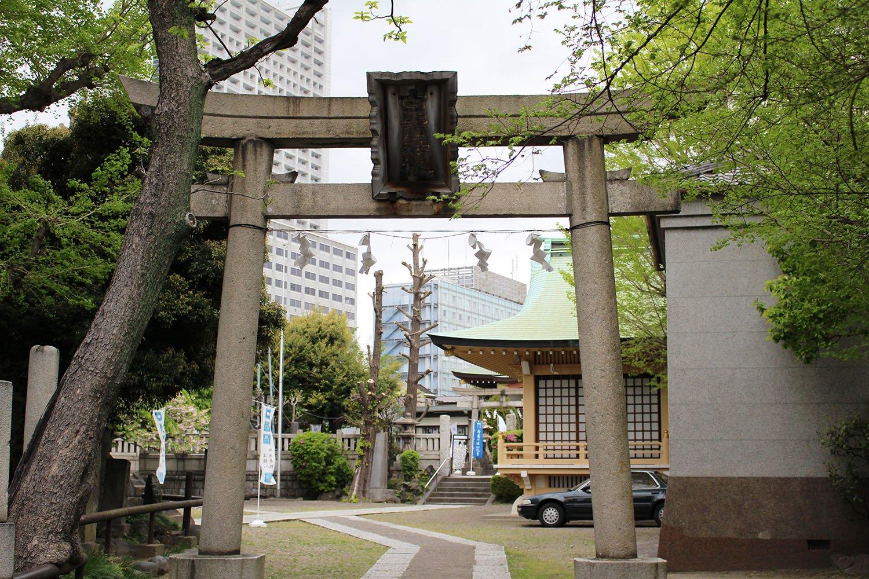 隅田川七福神のうち、寿老神を祀る白鬚神社。