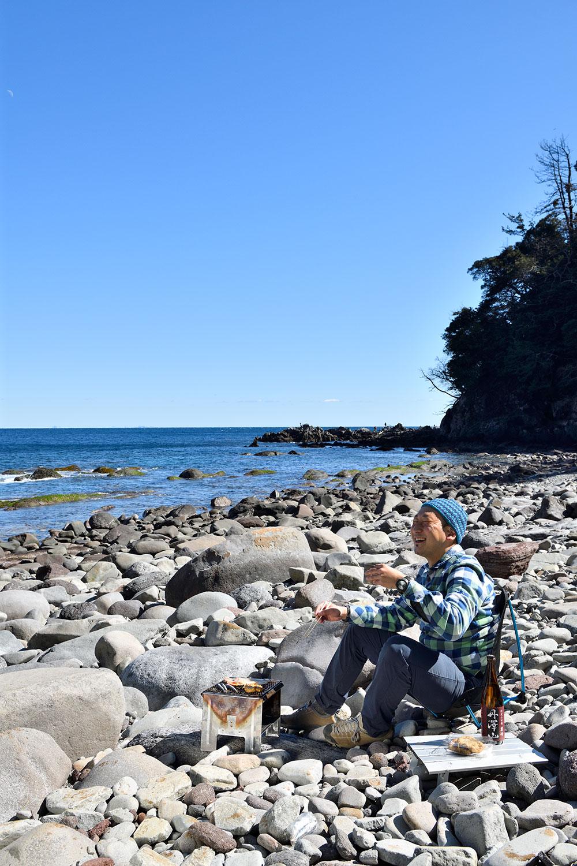 相模湾を眺めつつ相模湾の地魚の干物と丹沢の地酒を味わう。こんな贅沢ほかにある?