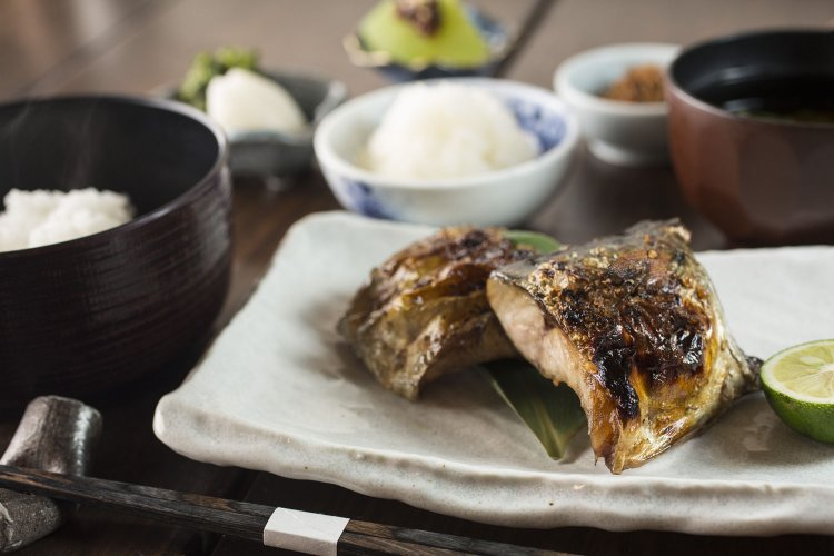 炭火魚 旬菜料理 坂本