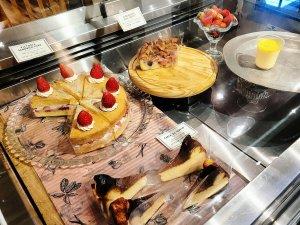 リゼッタの洋菓子ショーケース