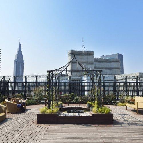 開放感ある東京のステキな屋上6選。日常を、時間を、我をも忘れる屋上庭園&屋上!