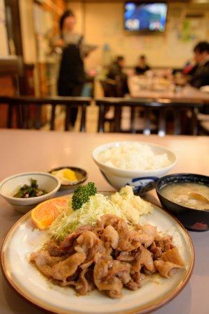 水口食堂 サービス定食