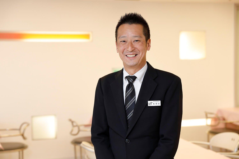 今回お話を聞いた、店長の佐渡谷 毅さん。