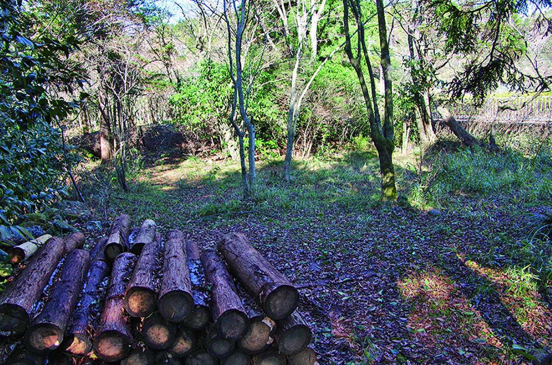 昭和45年(1970)まで無料で東海道を行き来する人を接待した茶屋跡。江戸時代から始めて明治維新で一度中断し、明治12 年(1879)から再び始めたという。