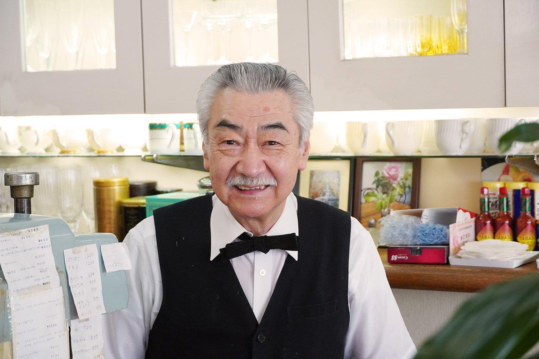 口ひげがダンディな関元さん。