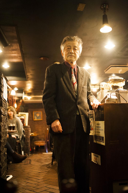 初代オーナー・中平穂積さんは、ジャズの巨人たちを撮ってきたカメラマンの顔も併せ持つ。