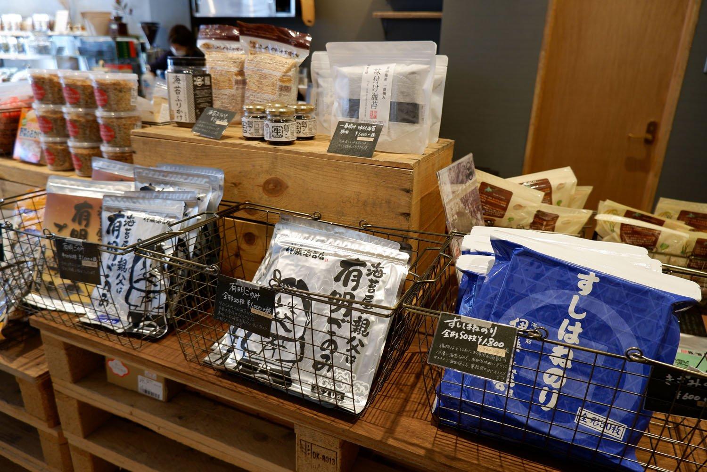 『伊藤海苔店』の海苔も購入可能。