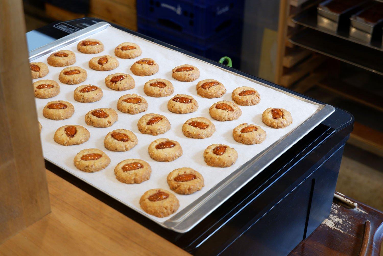 できたてのクッキーがスタンバイ。