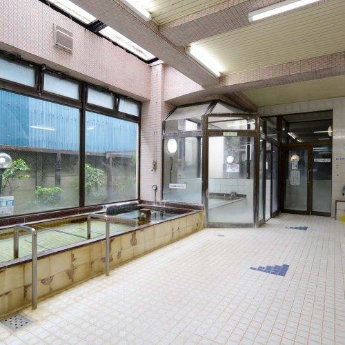 新検見川駅から徒歩圏内の銭湯『ゆあみランド』は、ラドン風呂とサウナが自慢