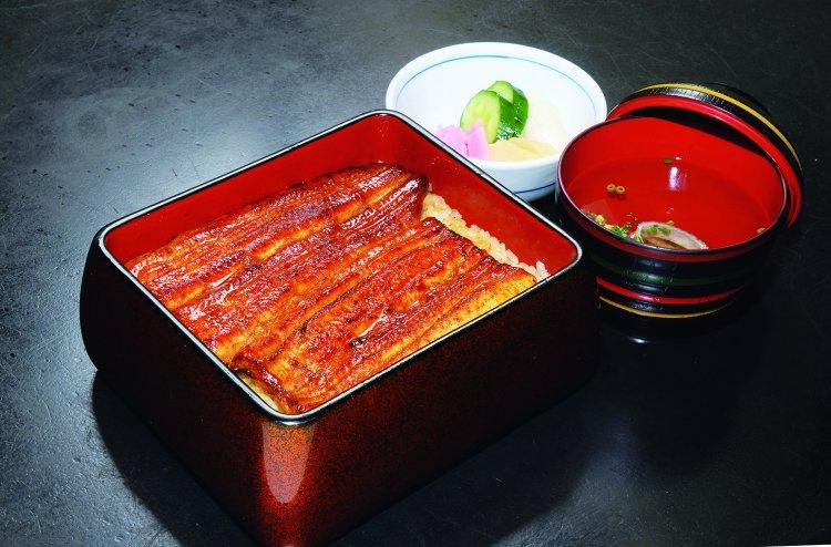 鰻割烹 伊豆榮(うなぎかっぽう いずえい)