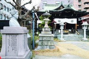 8_千束成神社
