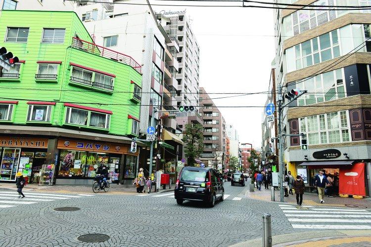 麻布十番商店街(あざぶじゅうばんしょうてんがい)