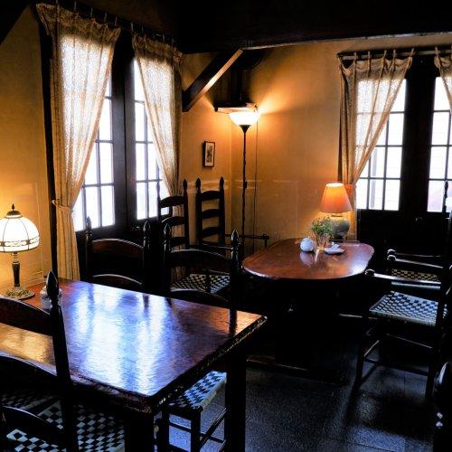 """本八幡『café 螢明舎 八幡店』~""""フレンチスタイル""""を踏襲するカフェで、匠の技を感じる。"""