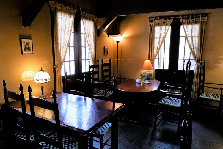 café 螢明舎 八幡店(けいめいしゃ)