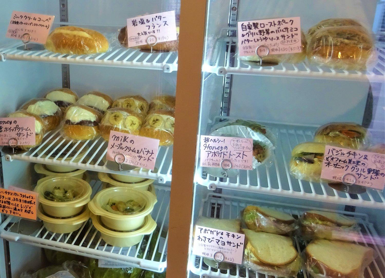 人気のサンドイッチ類。どれにしようか選ぶ時間も楽しい。