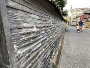 観音寺の塀