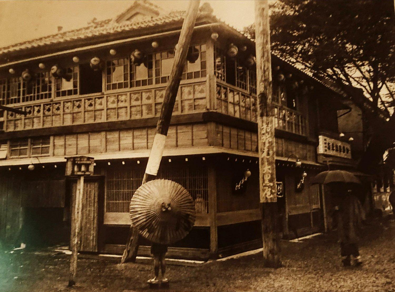 明治20年の創業当時は『大黒屋』の店名を使用していた。