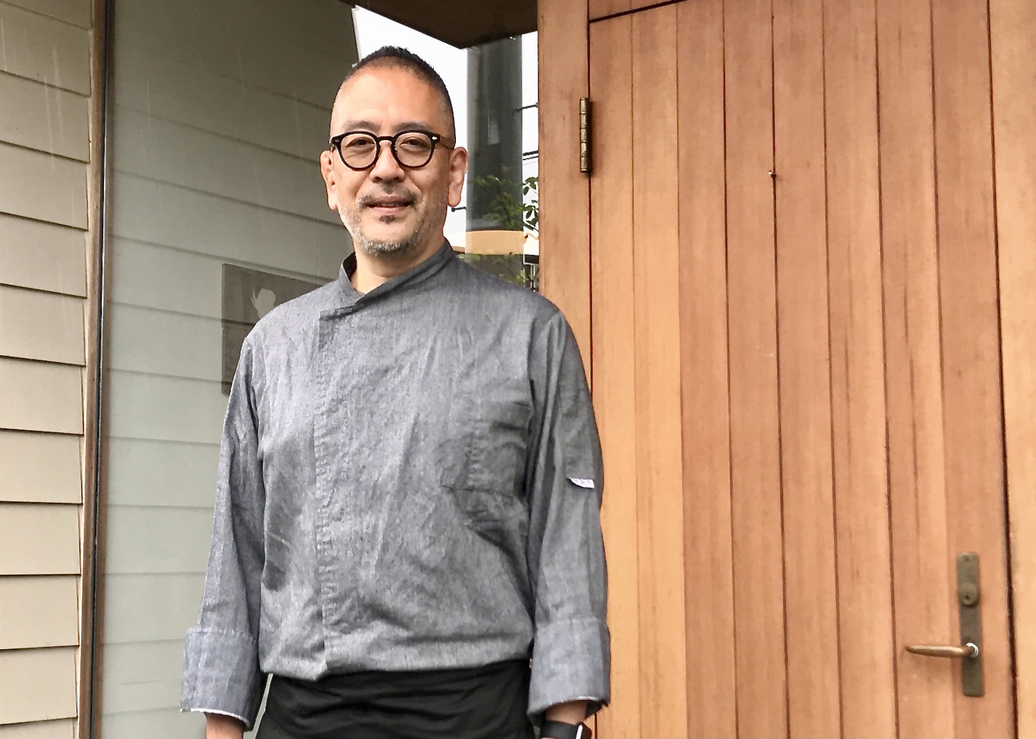 オーナーシェフの高田清さん。店名は、奥様がこよなく愛す台湾映画『ヤンヤン 夏の想い出』の原題『A ONE AND A TWO』から。