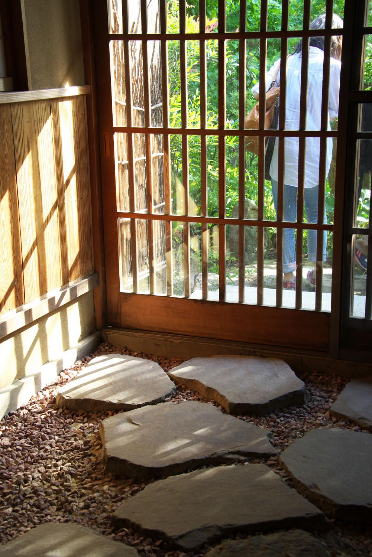 cafe tsukikoya エントランス