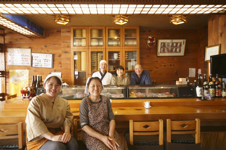 寿司活魚料理 いそね 店内