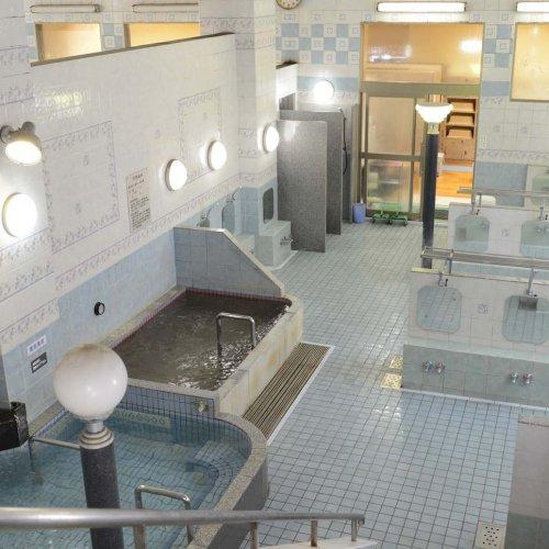 糀谷の住宅地にある温泉銭湯『幸の湯』で、美肌の湯とサウナを楽しむ