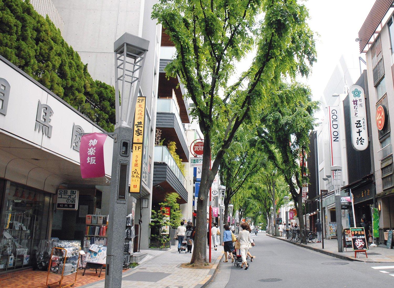 1_神楽坂通り.