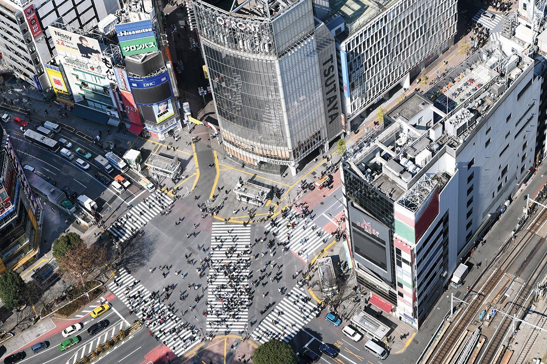00_SHIBUYA SKYから見たスクランブル交差点