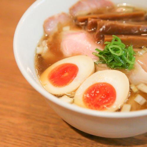 中野の『鶏そば煮干そば 花山』は二枚看板だけではない、カラダと心に優しい麺とこだわり