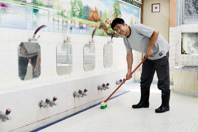 古い銭湯ですが、清掃・清潔感には気を配っています。