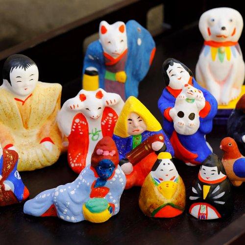 約30年、一人で古型今戸人形の制作を続ける職人が赤羽にいた【街にひそむレアな職人技】