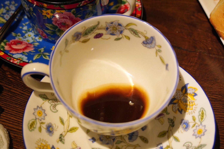 浸漬法だとコーヒーの粉が残りやすい。