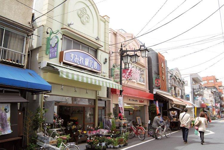 亀戸香取勝運商店街(かめいどかとりかちうんしょうてんがい)