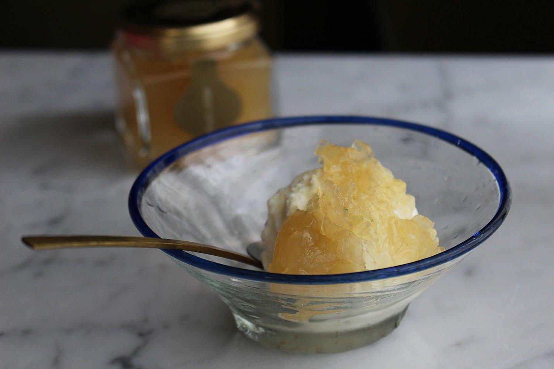 セロリのジャム。アイスクリームにかけてもおいしい。