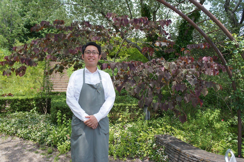 店長の岩崎翔さん。2019年から店長に就任。飲食経験を生かしてメニュー作りに精を出す。