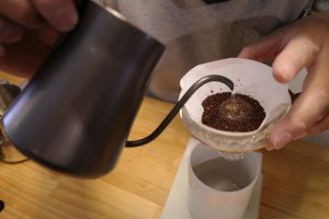 The NorthWave Coffee_お湯を入れる