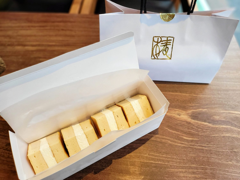 椿さんど(4個入)プレーン 1390円。